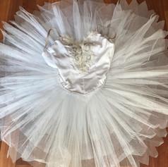 Tutu Cisne Branco Adulto M