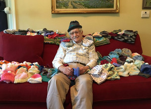 Man Knits Hats for Preemies
