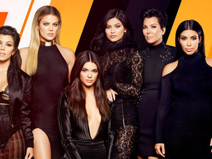 Kardashian-Jenner Family Sign A $150 Million Contract with E! Network