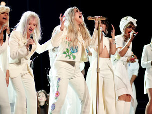 "Kesha's powerful, star-studded Grammy performance of ""Praying."""