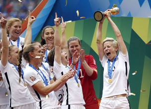 U.S. Women's National Soccer Team takes stand on artificial turf issue