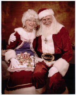 Santa-Mrs+1-13