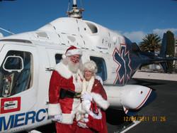 Santa+Mrs-Helicopter
