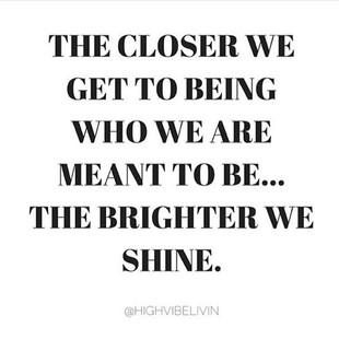 the-brigther-we-shine_Daily-Inspiration_