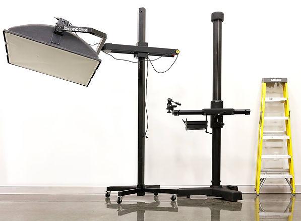 light equipment.jpg