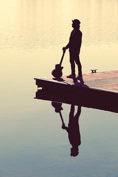 Guitar-Singer-Lake.jpg