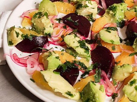 Salada de abacate com beterraba e laranja
