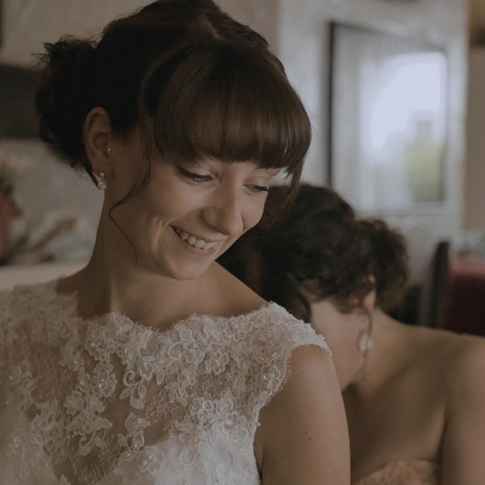 Braut und Brautjungfer | Lux et Umbra Hochzeitsvideografie