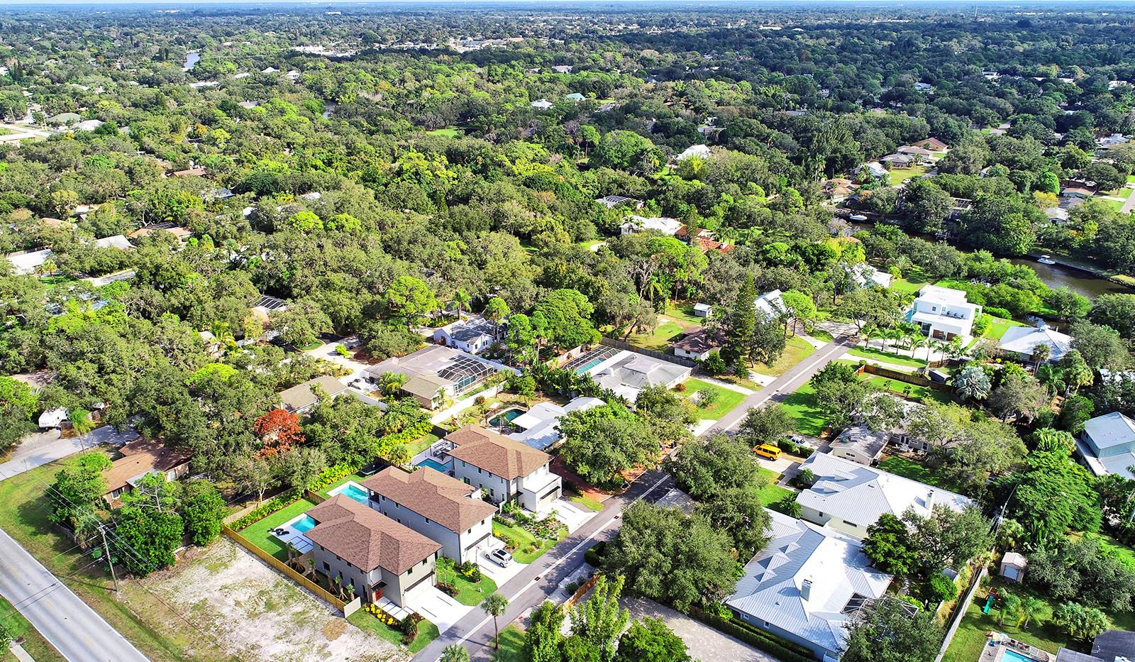 49-(2311 Pine Terrace (8).jpg