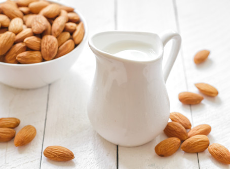 Super Easy Homemade Almond Milk