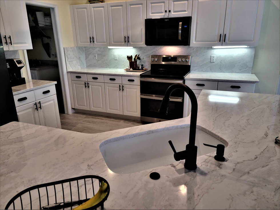 White quartz countertops finished and installed in Jacksonville, FL