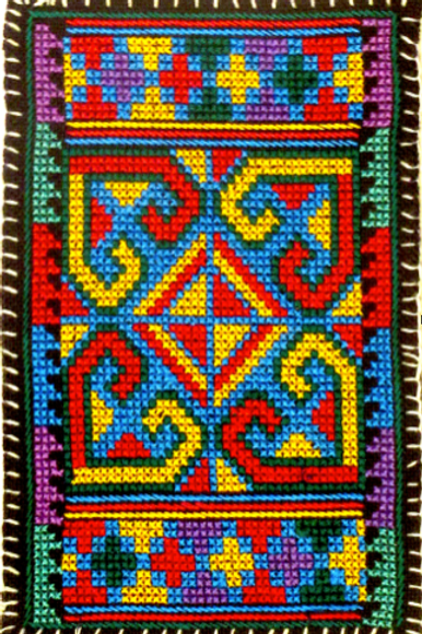 E49 Small densely embroidered oblong (100 x 150 mm)