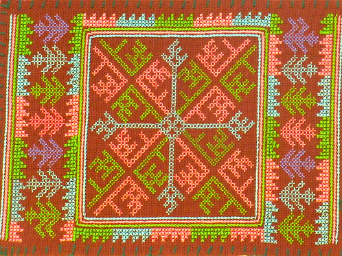 F21.Small brownrectangle with inner squarein pink and green