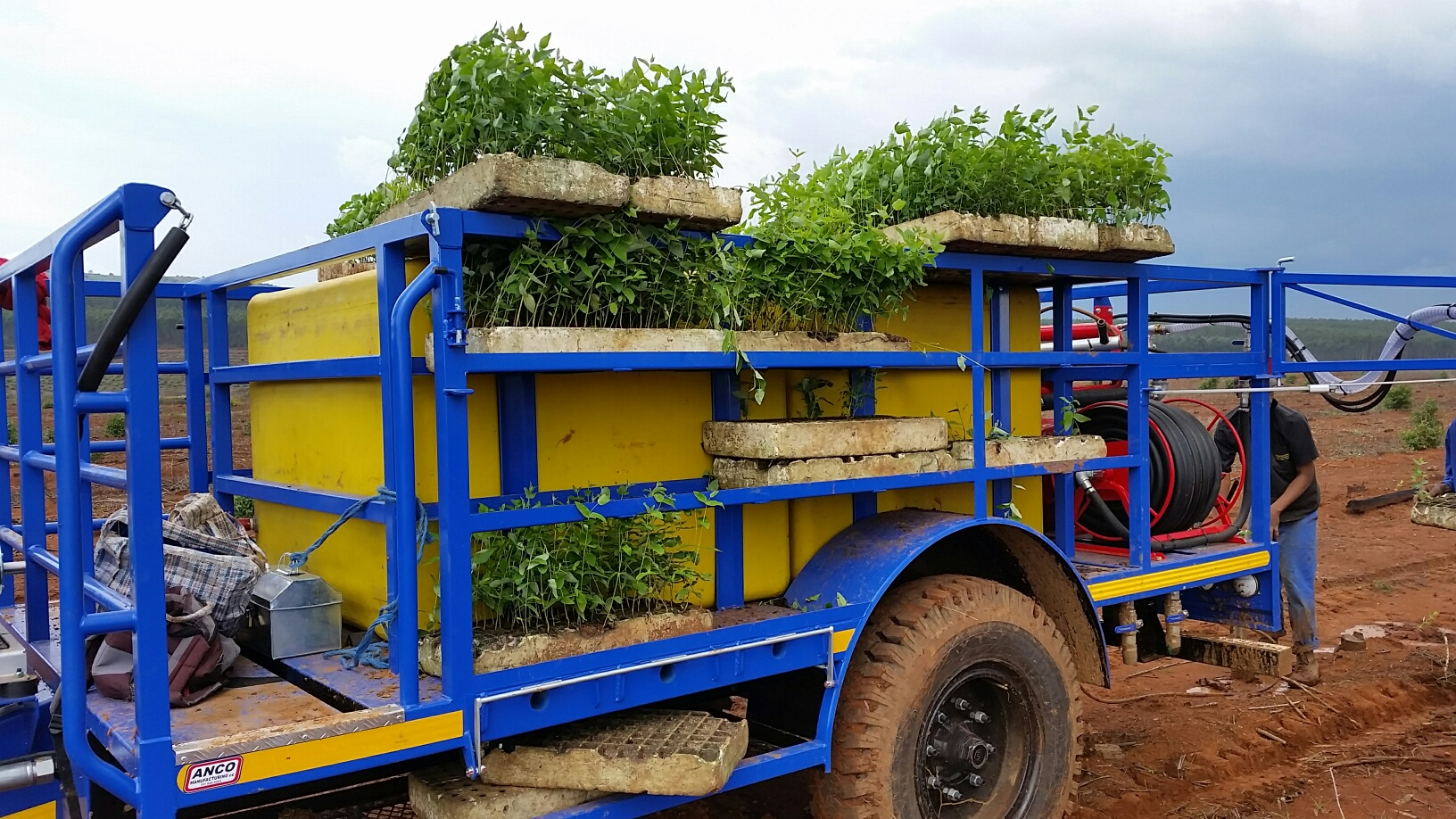 MP3000 Planter Trailer