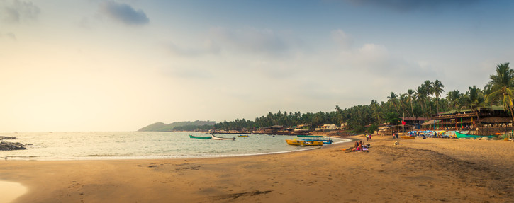 Goa Beach Pano2.jpg
