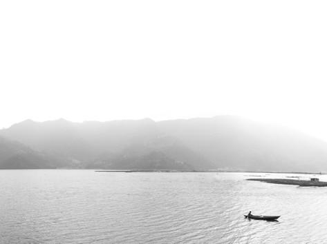 Begnas Lake Pano BW.jpg
