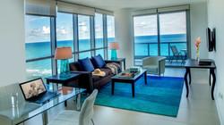 Residential home hurricane windows
