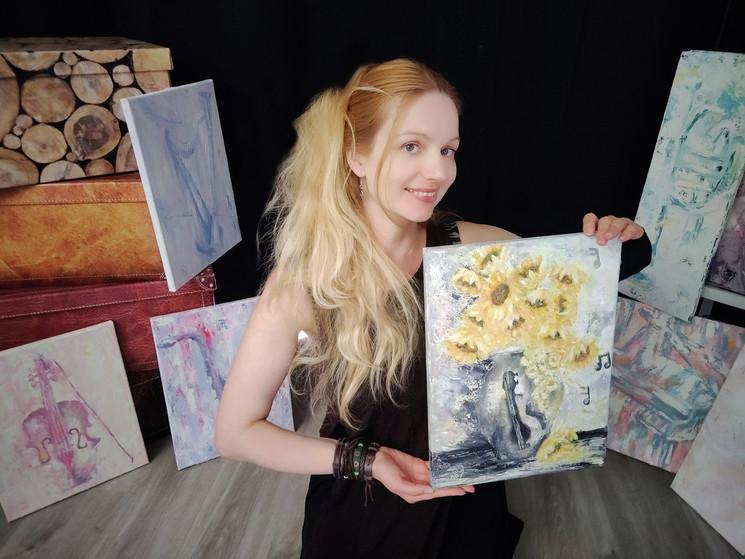 Luna Smith - Sunflowers -Sound of Life.
