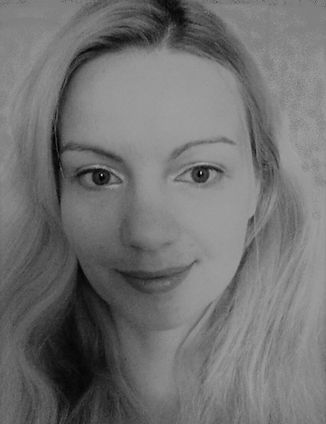 Luna Smith aka Lu, a Scottish artist