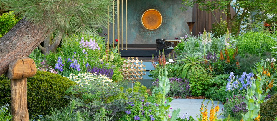 Chris Beardshaw Design wins 13th RHS Gold Medal
