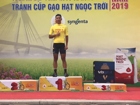 we send 3 riders in escape of 17 riders and keep GC(ve nong thon stage 7)