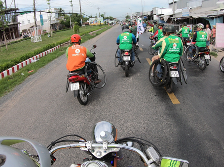 Vietnam support bikes are so exiting.