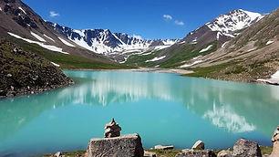 le plus beau des treks de mongolie trek de l'Altaï, les plus hauts somets de mongolie, ascension du mont malchin
