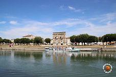arc de triomphe Saintes , Abbaye aux dames Saintes , vestiges de Saintes , aquarium La Rochelle , l'Hermione Rochefort , Accrobranche Fontdouce , Arènes de Saintes , centre équestre Saintes , Golf Saintes , chambres d'hôtes golf Saintes , chambres d'hôtes centre équestre Saintes , Royan , ile d'Oléron , Fort Boyard , ile de Ré , La Rochelle , zoo de la Palmyre , office de touisme Saintes gites , office de tourisme Saintes chambres d'hôtes