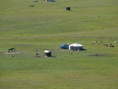 chevauchée terelj,mongolie à cheval,agence franco mongole,aventure en mongolie,authenticité en mongolie,découverte en mongolie,authentique vie nomade,parc national terelj,randonnée à cheval à terelj,khan khentii,chevaux mongols,mongolie,trekking mongolie