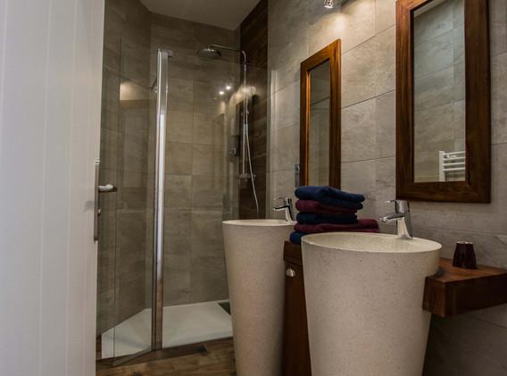 Salle de bain supérieure Roma