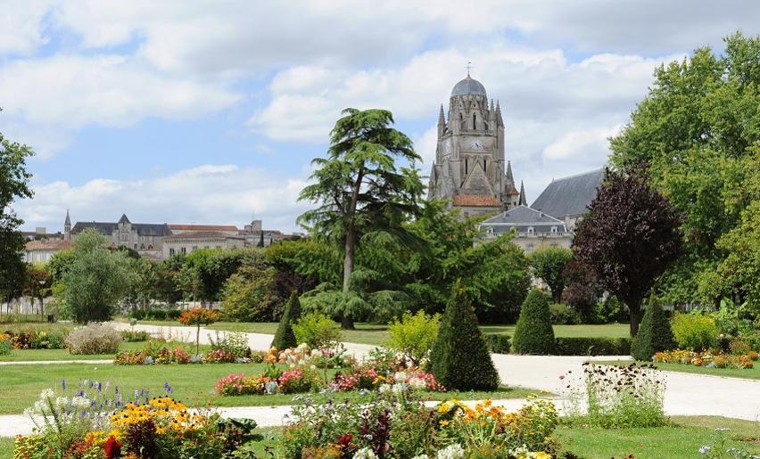 jardin public saintes