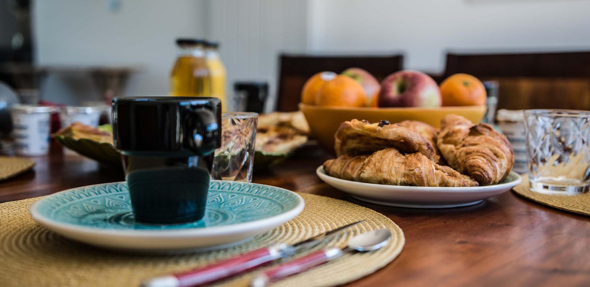 petit déjeuner maison et local