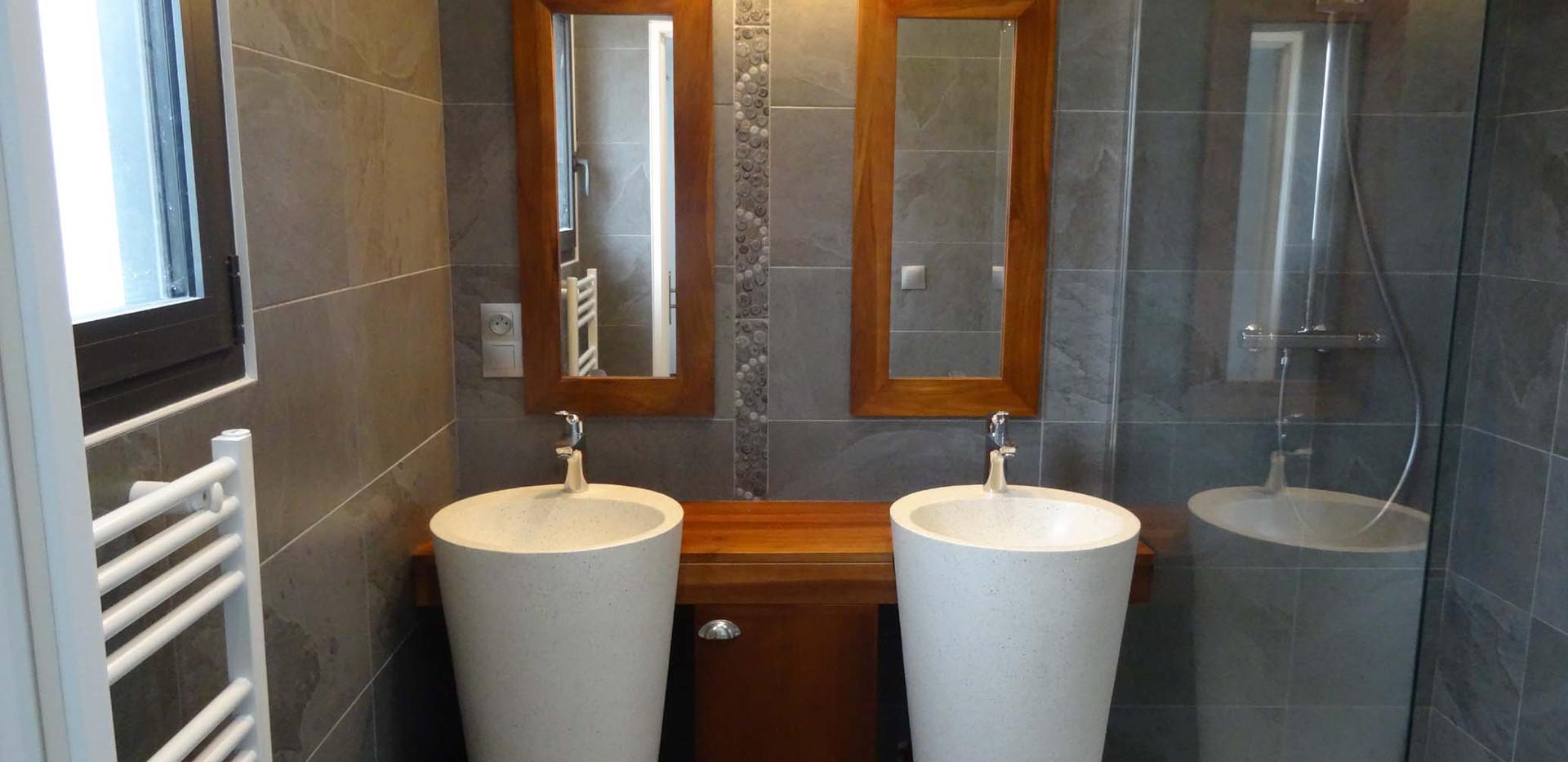 Salle de bain supérieure Saïgon
