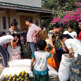 Distributing basic food rations to families during Covid-19.