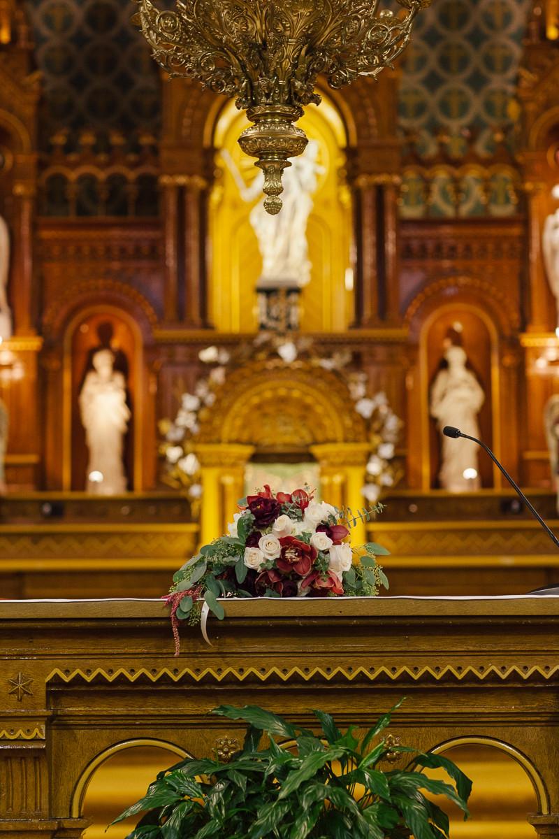 Cérémonie à l'église d'Oka
