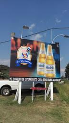 Valla Cerveza Modelo