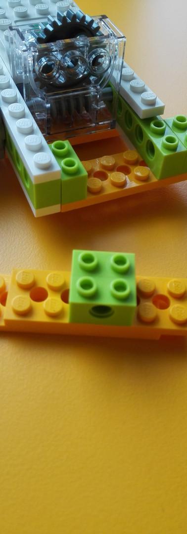 CONSTRUCCIÓN LEGO