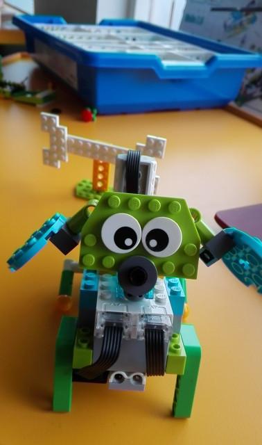 ROBOT PERRITO LEGO
