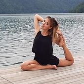 sara-bocazza-yoga-in-fiore.jpg