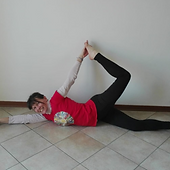 arianna-cont-yoga-in-fiore.png
