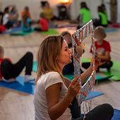 anna-spizzo-yoga-in-fiore.jpg