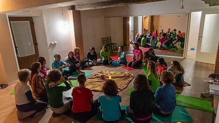 insegnanti.yoga.bambini.yoga.in.fiore.jp