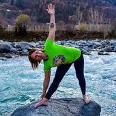 debora-costa-yoga-in-fiore.JPG