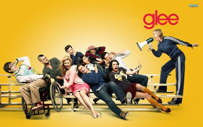Character similarities between Scream Queens & Glee