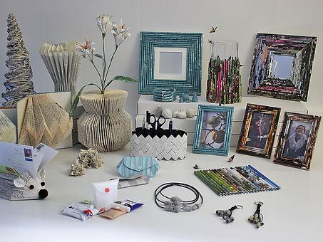 Objekte aus Büchern, Tapeten und Illustr
