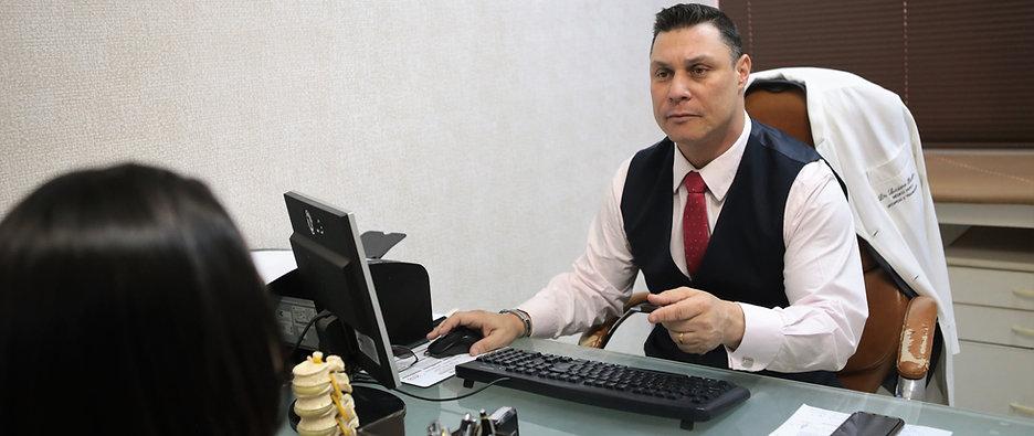 Médico Dr. Luciano Bomfim fala sobre Perícias Médicas