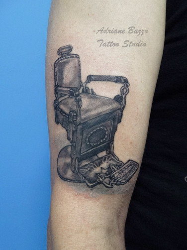 cadeira-barbeiro-barber-tatuagem-tattoo-adriane-bazzo.jpg