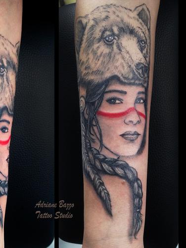 india-braço-feminino-rosto-colorida-tatuagem-tattoo-adriane-bazzo.png