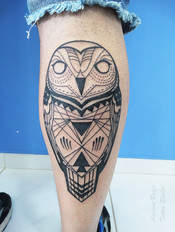 coruja-owl-geometric-geometrica-fineline-linha-tatuagem-tattoo-adriane-bazzo.jpg