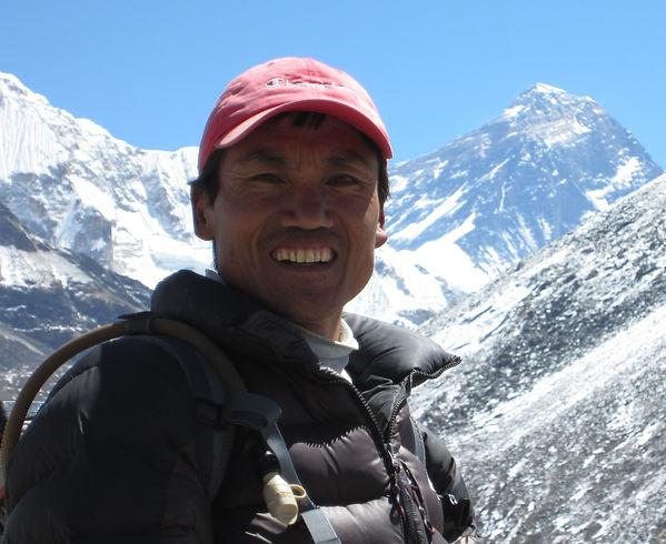 Danuru-Mt-Everest-.jpg
